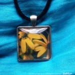 Cabochon Pendant, Three Sunflowers