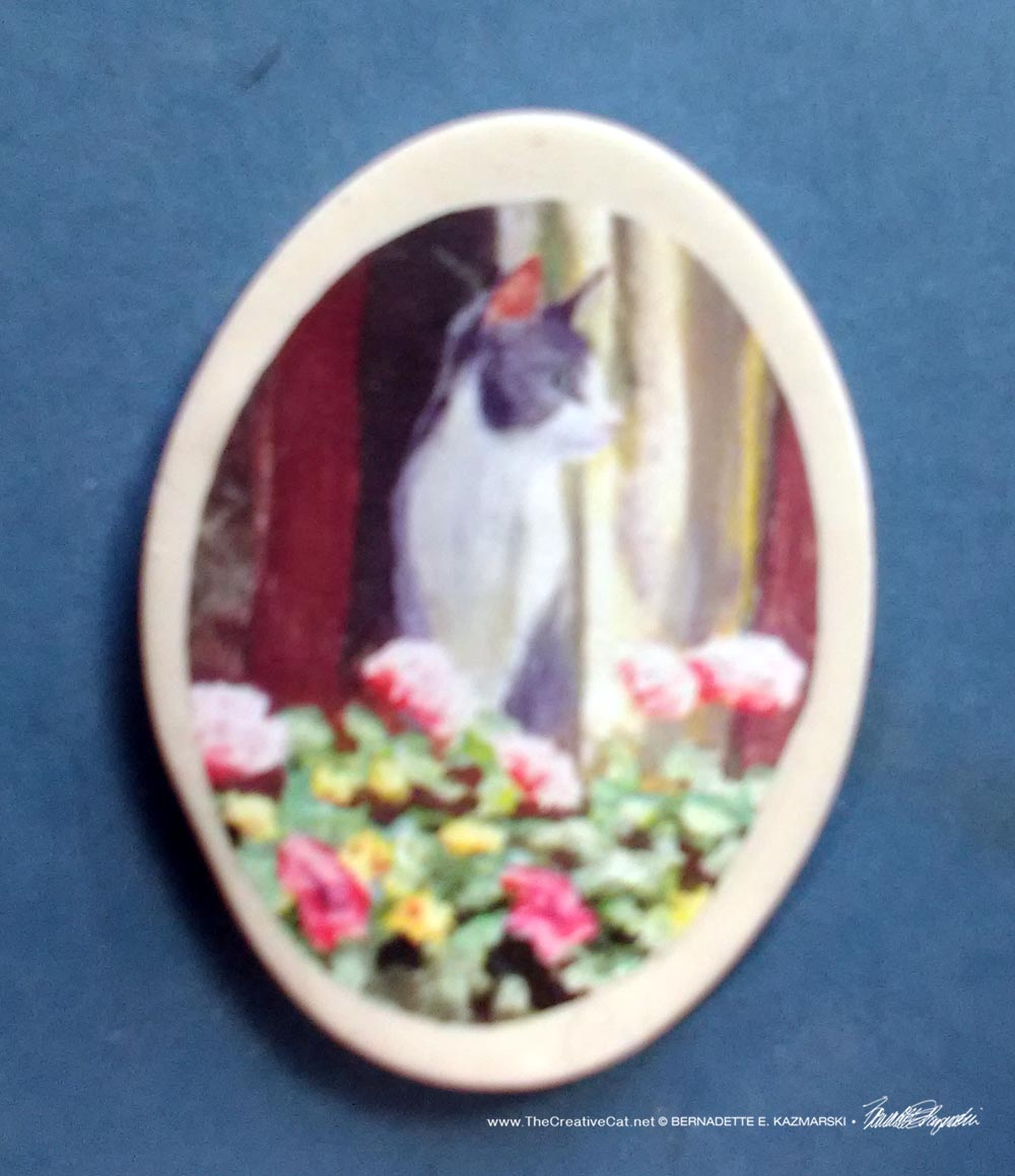 "Namir at the Window 1.5"" Oval Magnet"
