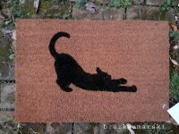 """Scratch Your Claws Here"" Doormats"